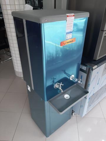 Bebedouro de agua de 100 litros jean