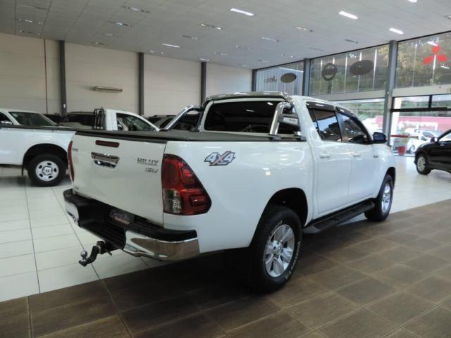 Toyota Hilux 2.8 CD SRV 4X4 Diesel Aut. - Foto 6