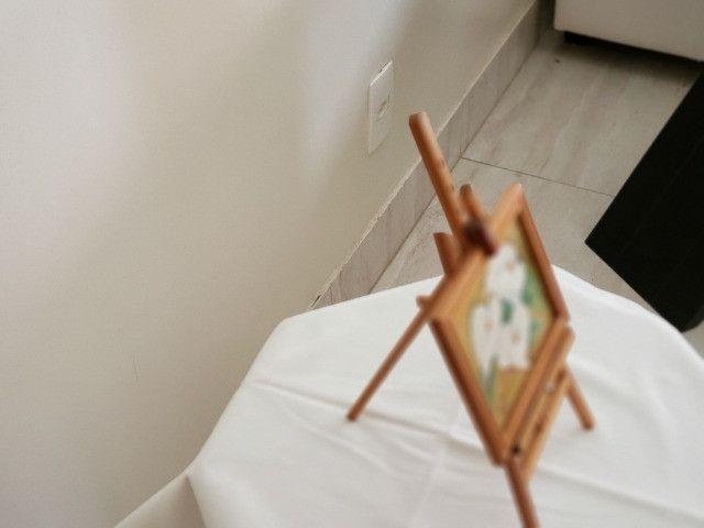 Pintura oleo sobre tela - Copo de Leite - suporte e moldura - cod 33 - Foto 5