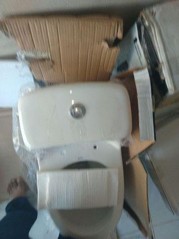 Vaso sanitário novo monobloco  - Foto 4