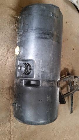 Tanque de combustível 140 lts - Foto 3