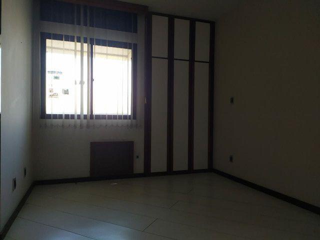 Condomínio Portal das Mansões Luxuoso - 6 quartos sendo 4 suítes - Av.getulio vargas   - Foto 12