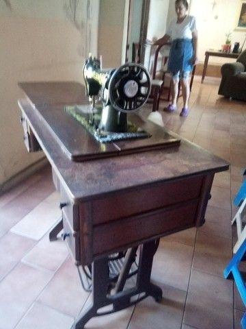 Máquina de costura Elgin - Foto 2