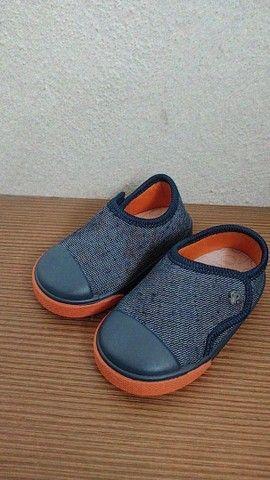 Sapato semi novo n° 17