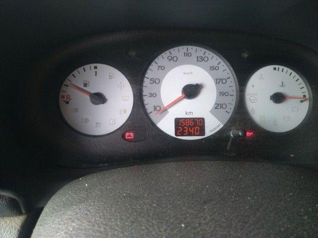Renault Clio 1.0 16v flex - Foto 2