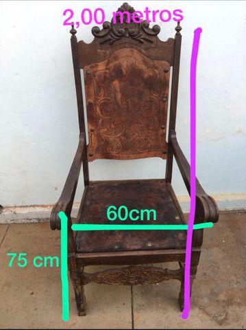 Cadeira Antiga de couro - Foto 6