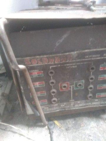 Solda elétrica trifasica