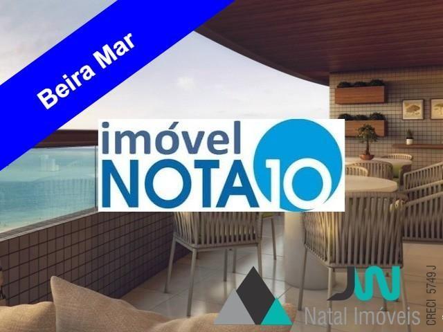 Apartamento com 4 suítes de frente para o mar, na praia de Areia Preta
