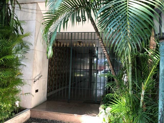Excelente Apto Vazio amplo 02qts dependência 02vagas portaria elevador Vila Isabel - Foto 2