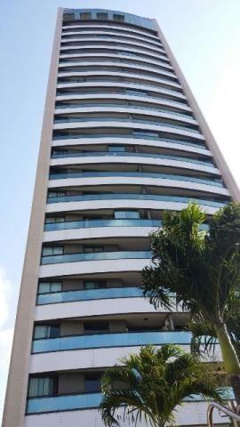 Apartamento lado da Sombra bem ventilado e em prédio moderno padrão Colméia