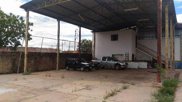 Barracão em Taquaralto com sobrado