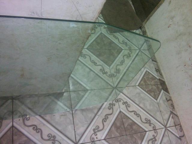 V/Mesa de vidro ( vidro temperado )150