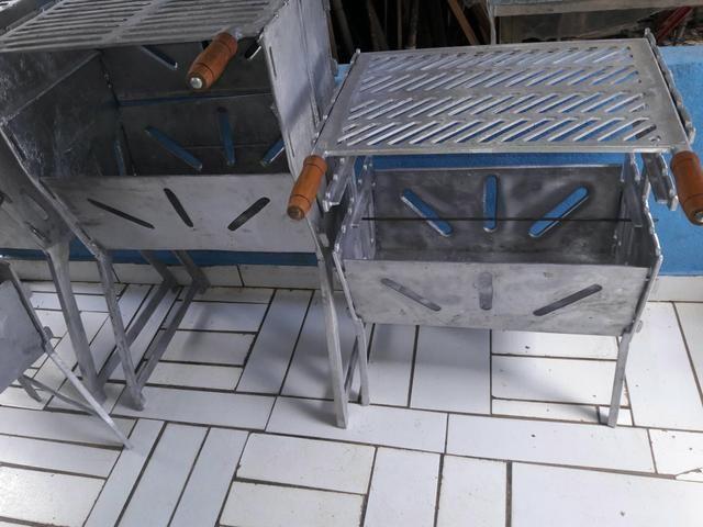Churrasqueira G aberta de aluminio