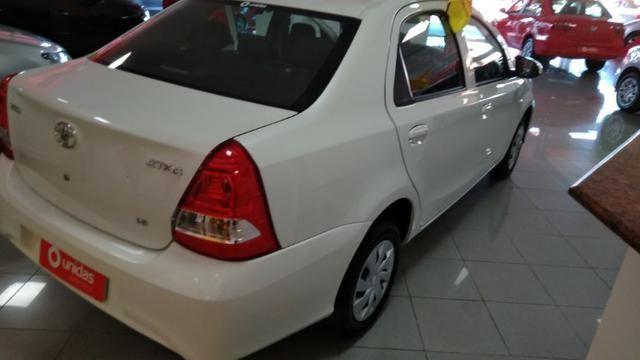 Toyota Etios Top - Foto 5