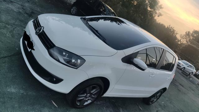 Volkswagen Fox 1.6 Gll 2014 - Foto 3