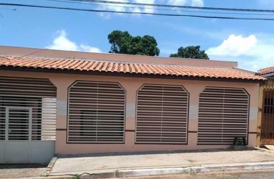 Casa de 5 quartos no Cpa III - Setor 3 R$ 198 mil aceita financiamento