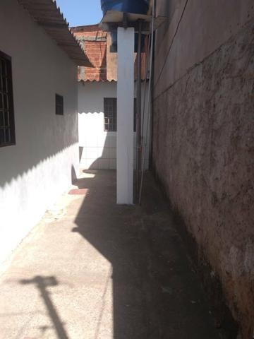 Vendo casa na qc 04 do riacho Fundo II - Foto 3
