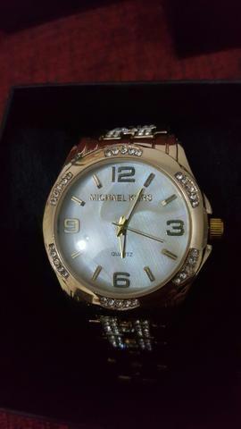 2c782e8c79d Relógio Feminino Michael Kors e Calvin Klein - Bijouterias