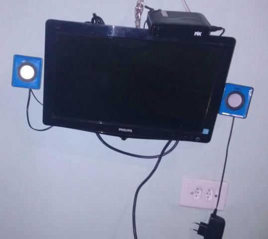 Monitor de 14 polegadas