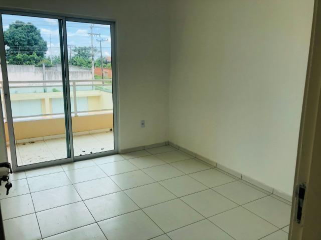 DP duplex com 3 quartos,2 banheiros,garagem,coz. americana,amplo quintal prox messejana - Foto 6
