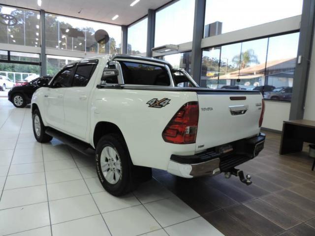 Toyota Hilux 2.8 CD SRV 4X4 Diesel Aut. - Foto 5