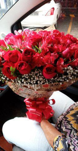 Buque de rosas naturais - Foto 4