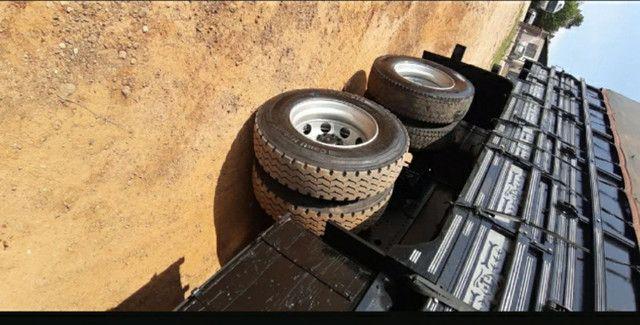 Mercedes Benz Mb Atego 2428 Bitruck Carroceria Graneleira - Foto 9
