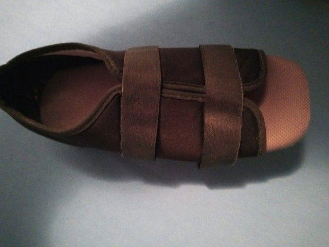 Sandália pós cirurgia - Foto 2