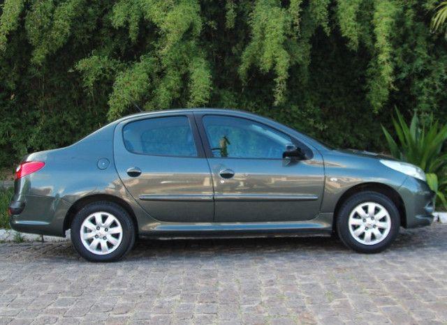 Peugeot 207 1.4 XR Sport Passion / 2010 - Foto 5