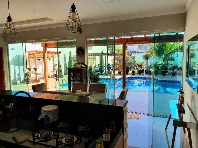 Vendo maravilhosa casa com piscina em Maringá <br>