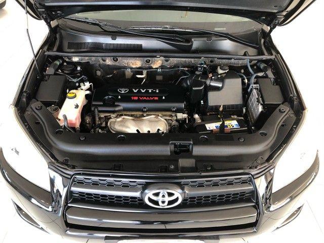 Toyota RAV4 ano 2011 Automatico  - Foto 11