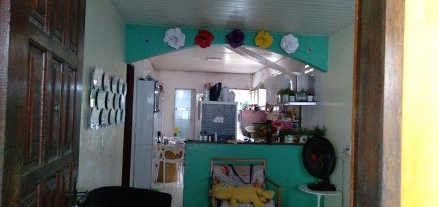 Casa com 3 quartos sala e cozinha americana 1 banheiro - Foto 2