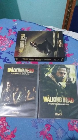 DVD 5 Temporada Completa The Walking Dead - Foto 3