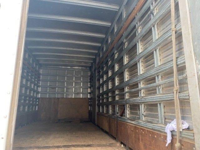 Vw-9.160 Delivery ano:14,branco,com baú furgão de alumínio de 6,20 mts, ótimo estado  - Foto 6