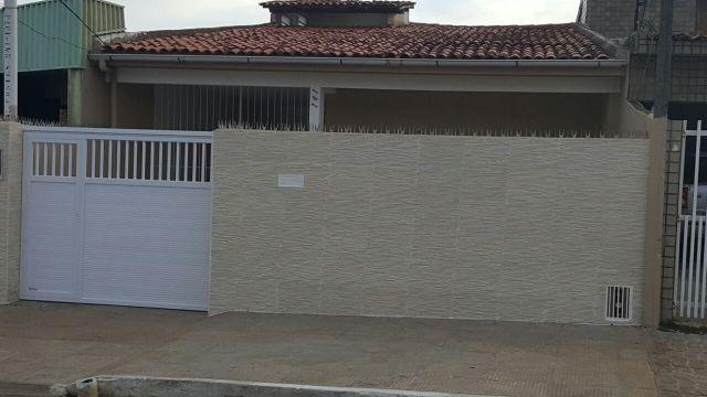 Casa ampla c/ 02 quartos no bairro do Pinheiro
