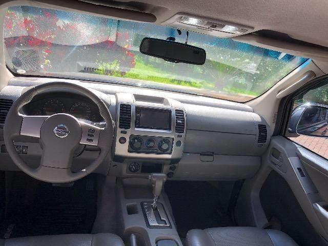 Nissan Frontier 2.5 LE 4x4 Automática Impecável - Foto 10