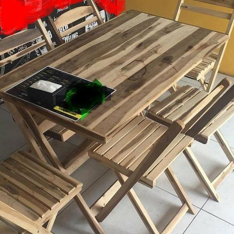 Mesas de madeira dobráveis com 6 cadeiras