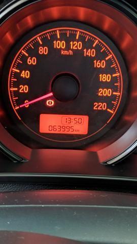 Honda Fit 15/15 64mil KM faz 13.7Km/l Na Cidade - Foto 2