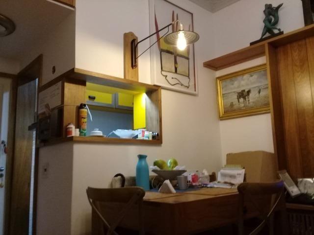 Vendo Apartamento 01 Quarto todo reformado no Leblon - Foto 2