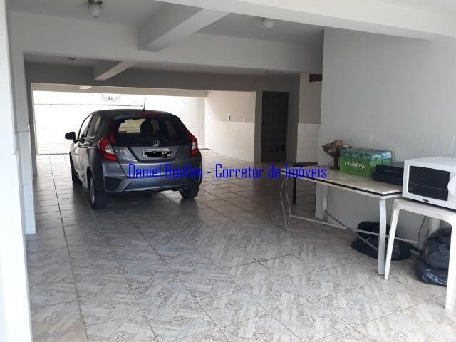 Casa com 04 quartos no bairro Grã-Duquesa - lote inteiro - Foto 5