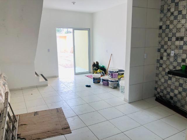 DP duplex com 3 quartos,2 banheiros,garagem,coz. americana,amplo quintal prox messejana - Foto 3