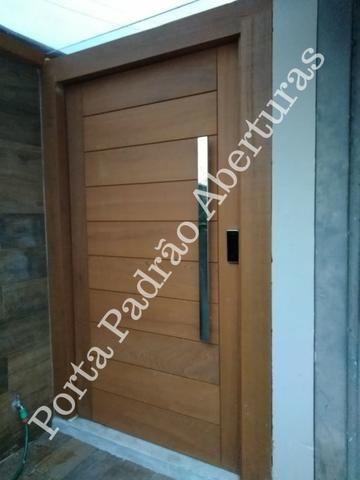 Portas de madeira maciça para Curitibanos - Foto 2