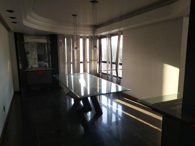 Condomínio Portal das Mansões Luxuoso - 6 quartos sendo 4 suítes - Av.getulio vargas   - Foto 20
