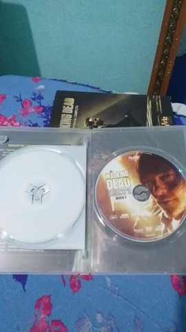 DVD 5 Temporada Completa The Walking Dead - Foto 6