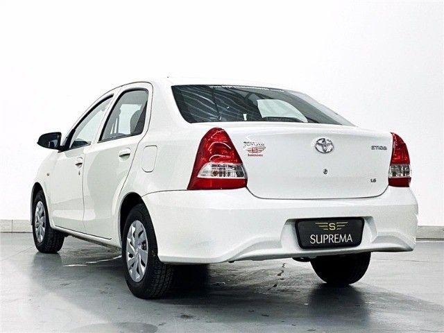Toyota Etios 1.5 X Sedan 2019 automático Com Multimídia - Foto 3