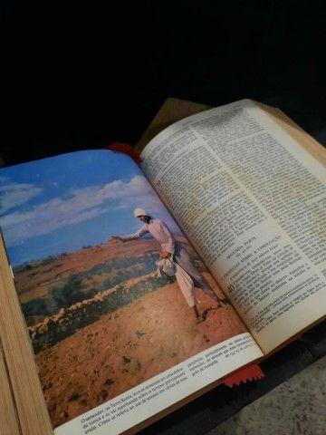 BÍBLIA  SAGRADA EDIÇÃO BARSA DE 1968 - Foto 5