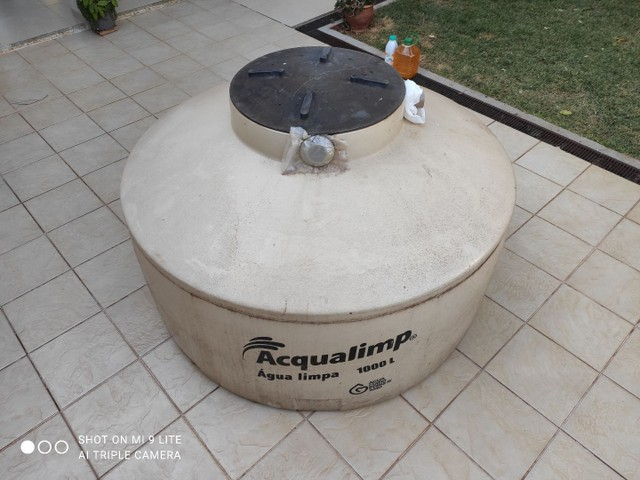 Vende-se caixa d'água 1000 litros - Foto 2