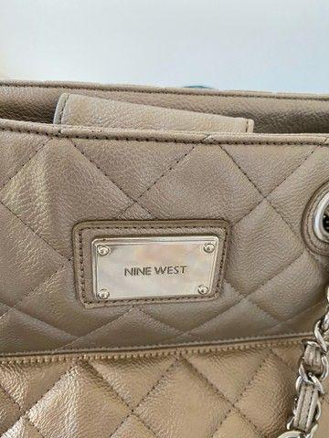 Bolsa de couro Nine West.. bege