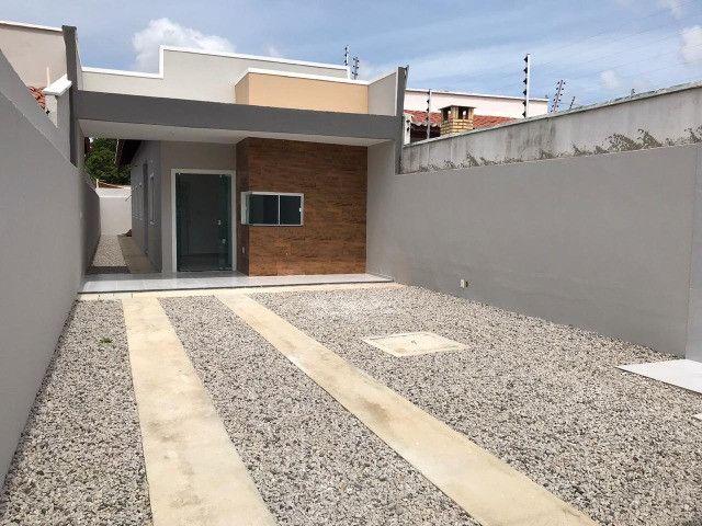 Casa de 3 Quartos com excelente acabamento 1 parcela para julho