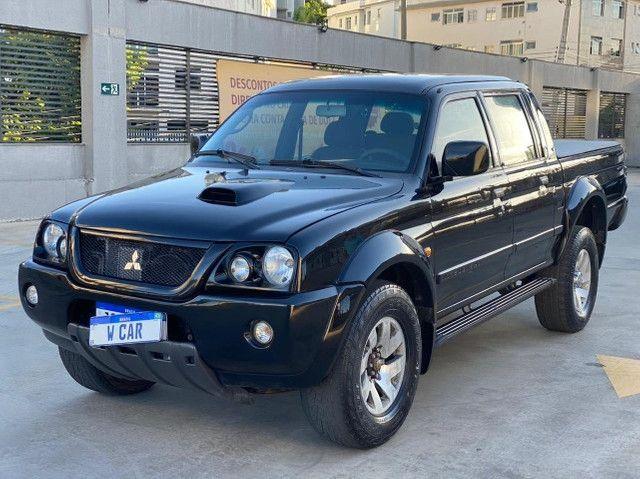 Mitusibishi L200 HPE Gls 4X4 Diesel Mec 2.5